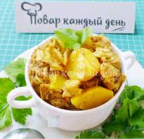 Картошка по домашнему с мясом в кастрюле